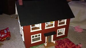 Wooden doll house euc