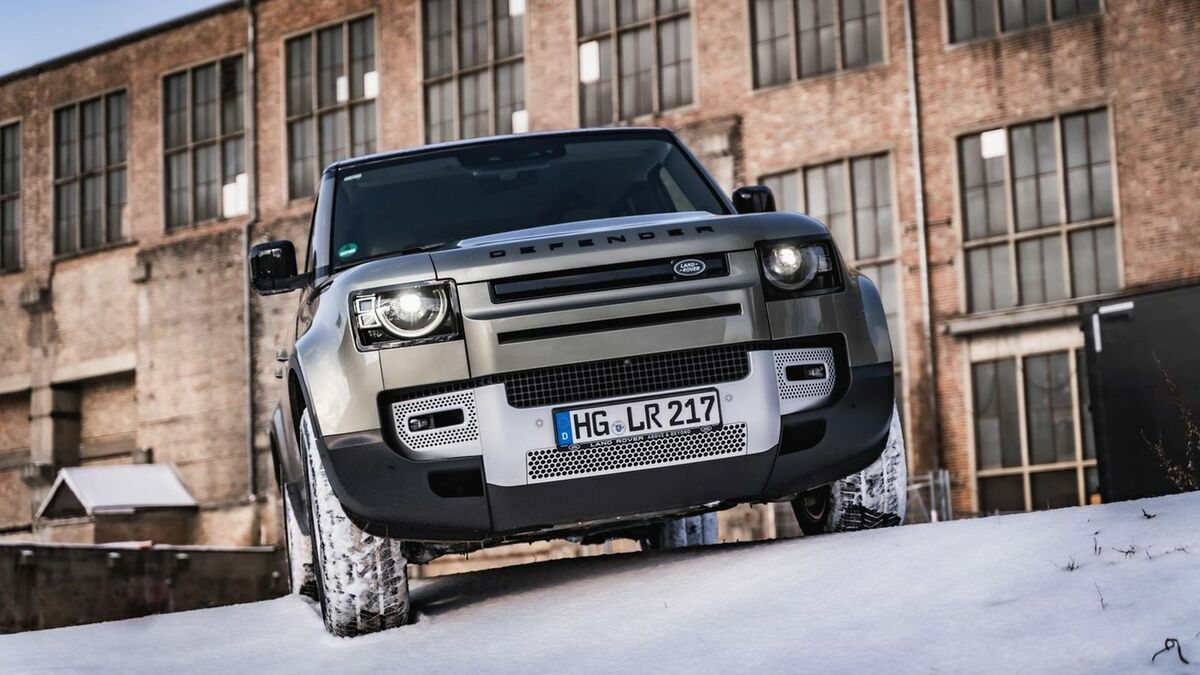 Land Rover Defender in Frontansicht
