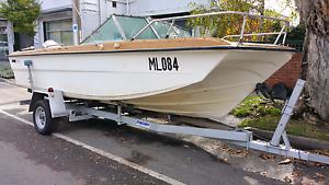 19ft Tri hull bow rider St Kilda Port Phillip Preview