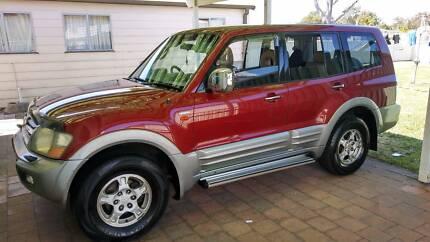 Mitsubishi Pajero NM Wagon Exceed 2002