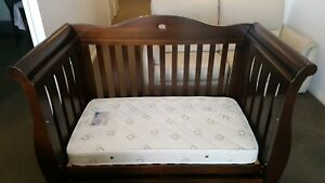 Boori Country Sleigh Royale 3 in 1 cot with mattress