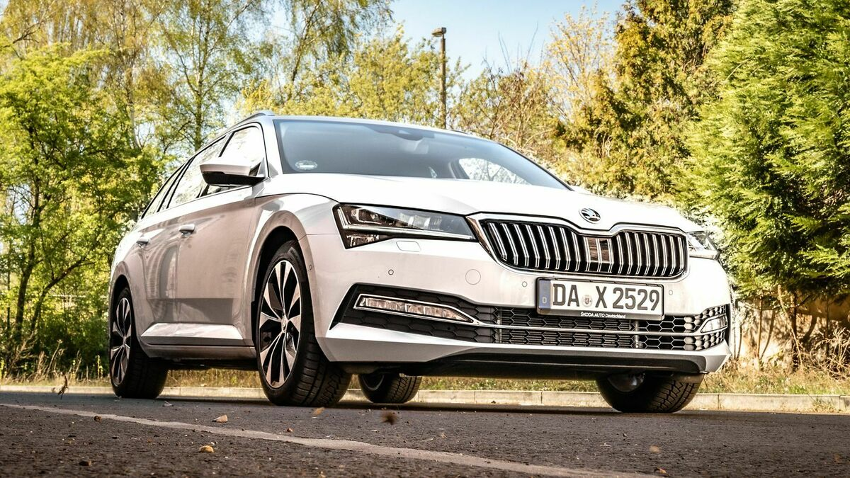 Skoda Superb 3 (2019) Test  9
