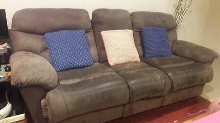 Recliner sofa 3 + 1 + 1 for free pick only