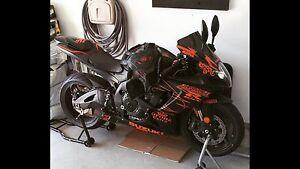 2006 Gsxr-750 Matt Black/Orange