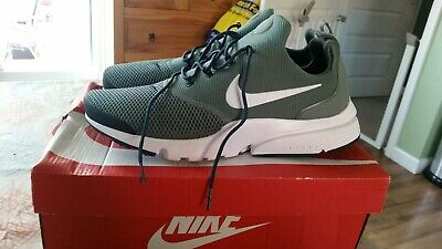Bnwb,Nike Presto Fly trainers,colour clay green,black,white in size 8,rrp £90.