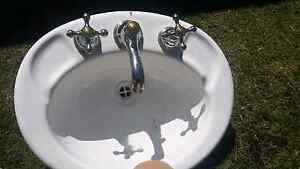 Vanity basin / Bathroom sink. Wandi Kwinana Area Preview