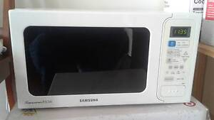 Samsung microwave for sale Brunswick West Moreland Area Preview