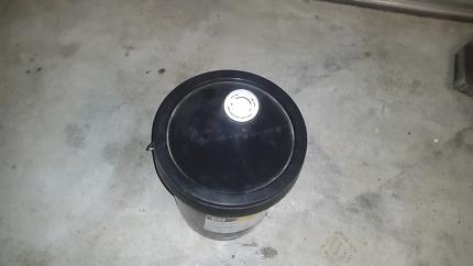 20 litres diesel engine oil