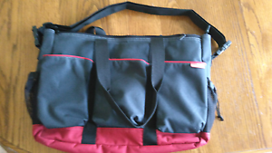 Skip Hop Duo Double (Twin) Nappy Bag Ruse Campbelltown Area Preview