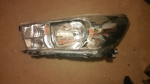 TOYOTA HILUX right headlight selling as is South Penrith Penrith Area Preview