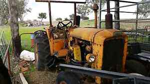 Chamberlain 9G tractor. Runs well, no wines in gearbox,  final dr West Tamworth Tamworth City Preview