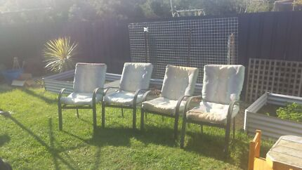 GIVE AWAY 4 outside chairs.  Chigwell Glenorchy Area Preview