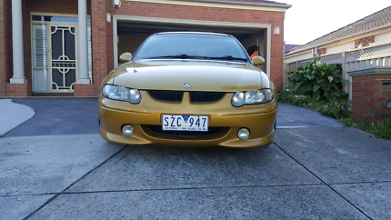 HOLDEN COMMDOOR  VX S PACK 2002 comes with rego and Roadworthy