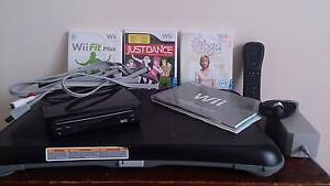 Nintendo WII System - REDUCED PRICE Para Hills West Salisbury Area Preview
