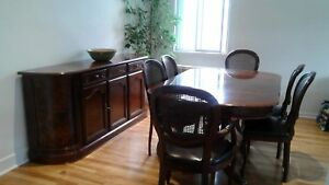Chippendales dinning room set