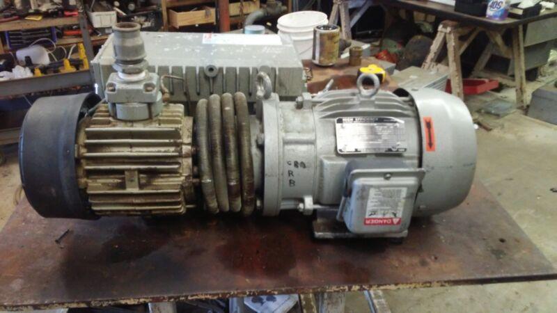 Busch Vacuum Pump RA0100 63 CFM , Toshiba 5hp motor