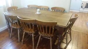 8 Seat Dinning Table Windsor Hawkesbury Area Preview