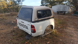 Hilux genuine tub and canopy 2010 based KUN SR models Captains Flat Queanbeyan Area Preview