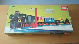 lego vintage 182 train set  (SOLD PENDING PICK-UP)