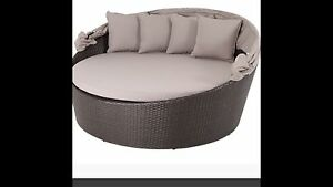 Cebu large circle Day bed Condell Park Bankstown Area Preview