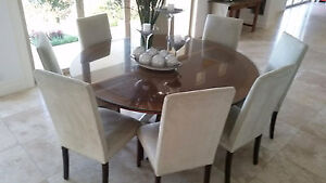 Round dining table Dee Why Manly Area Preview