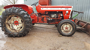1975 Tractor
