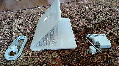 "Apple MacBook White 13"" MC516LL/A, 250GB HDD  2.40GHz New 8GB Ram, LATEST MAC OS"