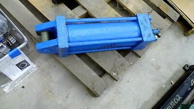 050392 Clevis Pivot Mount Hydraulic Cylinder 34 Npt Ports