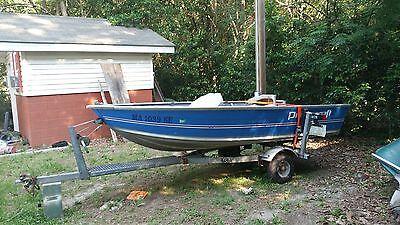 1990 Princecraft Ungava 12' boat and trailer