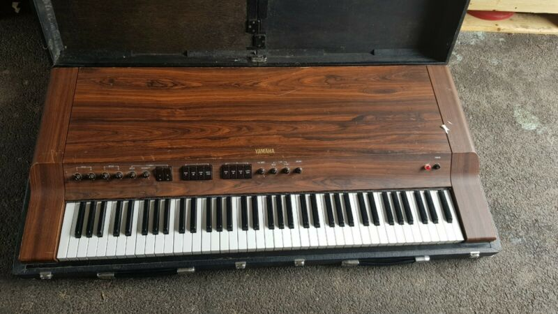 VINTAGE 70S YAMAHA CP30 ELECTRIC PIANO ORGAN AND FATAR STUDIO 90 KEYBOARD