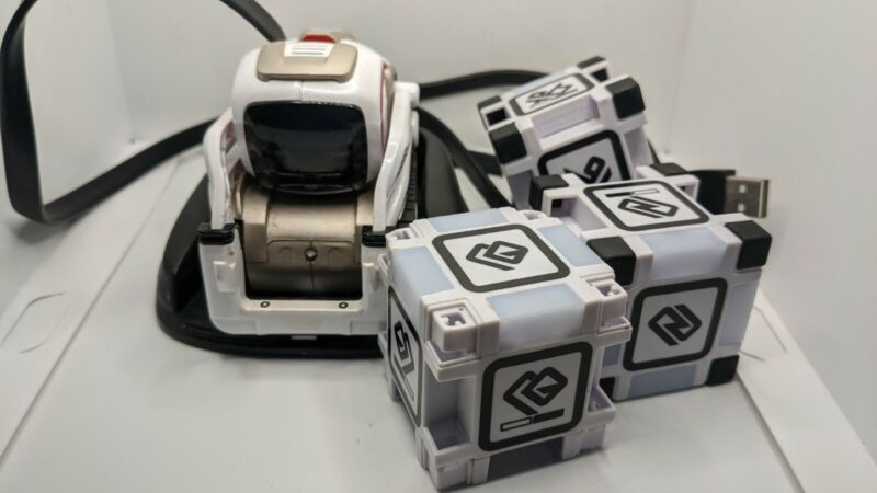 ANKI Cozmo Robot with 3 Cubes, Charger Sold As Is needs new battery