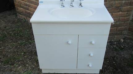 Bathroom Vanity sink and cupboard unit