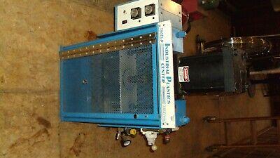 Industrial Plastics Injection Molding Machine - Amatrol T9013-p