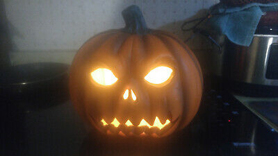 Scary Halloween Plastic Pumpkin - Lights Up