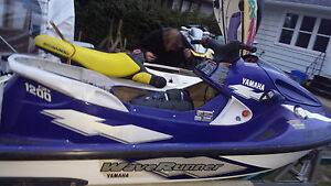 fast waveruner 1200 gp only 142hrs.. just add water