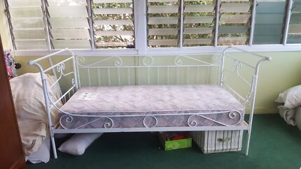 Classic Style Day Bed Bardon Brisbane North West Preview