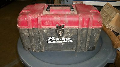 Master Lock - Safety Series Lockouts With Tool Box