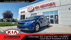 2018 Kia Forte LX CLEAN CARPROOF, LOW KMS, 6 SPEED MANUAL, BL...