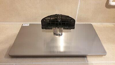 Samsung Serie 5 zB UE55M5590AU mit Schrauben, Fuß BN61-13421 A UE55 Standfuß