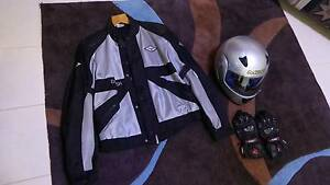 Mens M2R metallic silver Flip up full face Helmet size medium Southern River Gosnells Area Preview