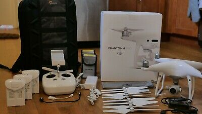 DJI Phantom Pro 4 Drone, GREAT CONDITION 4K Camera, 3 Batteries, extra blade set