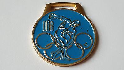 DDR - Abzeichen - Olympische Spiele - Diskuswerfer - DDR