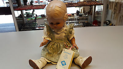 Antike Schildkröt Puppe Bärbel mit Zertifikat 34