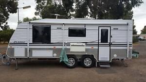 2018 Supreme Classic 228 fot caravan