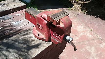 Dawn Bench Vice Model 115 Engineers Vice Australian & Old Bench