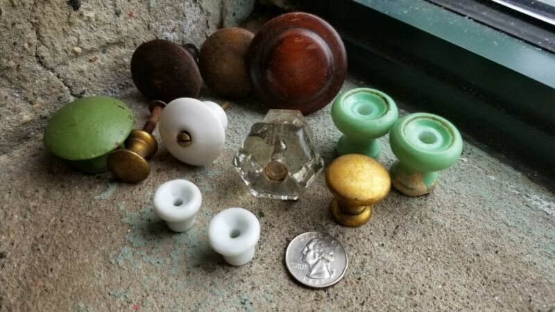 Vintage Lot Jadite Brass Wood Porcelain Door Drawer Pulls Glass Knobs