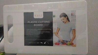 Tabla de Cortar para Cocina Fabricada en plastico Antideslizante blanca con asa