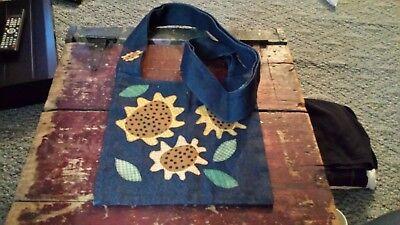 Applique Messenger Bag (Messenger Bag Purse Handmade Applique Sunflowers 11x11.5 inches Large Handle)