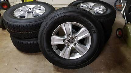 landcruiser 200 series new wheels and tyres