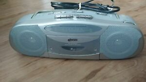 AM/FM STEREO RADIO CASSETTE PLAYER